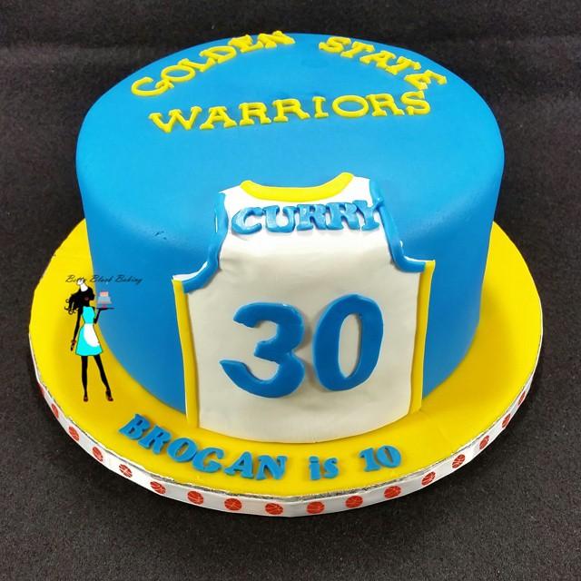 Golden state Warrior cake