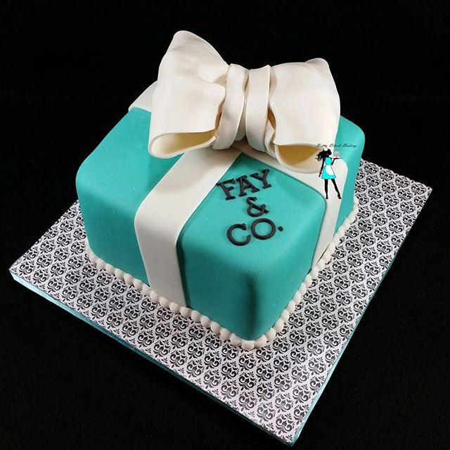 Tiffany inspired gift box cake.