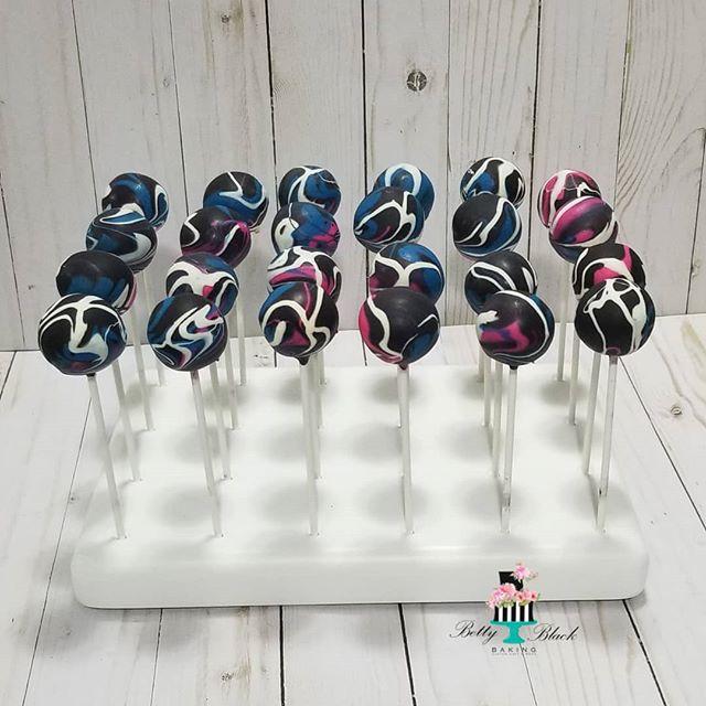 Galaxy cakepops