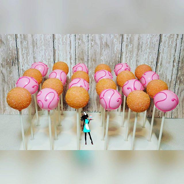 Vanilla cake pops! Pink and gold! #celebrate#girliecakepops#vanilla#pink#gold#plantation#sunrise#ftl