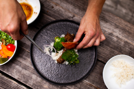 Foodfotografie Berlin Teller anrichten