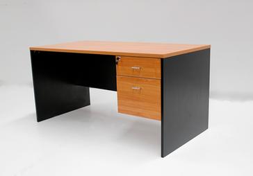 desk2.png