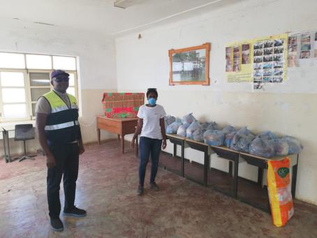 LANTUNA distribuiu cestas básicas em Porto Mosquito, Porto Rincão e Entre Picos de Reda