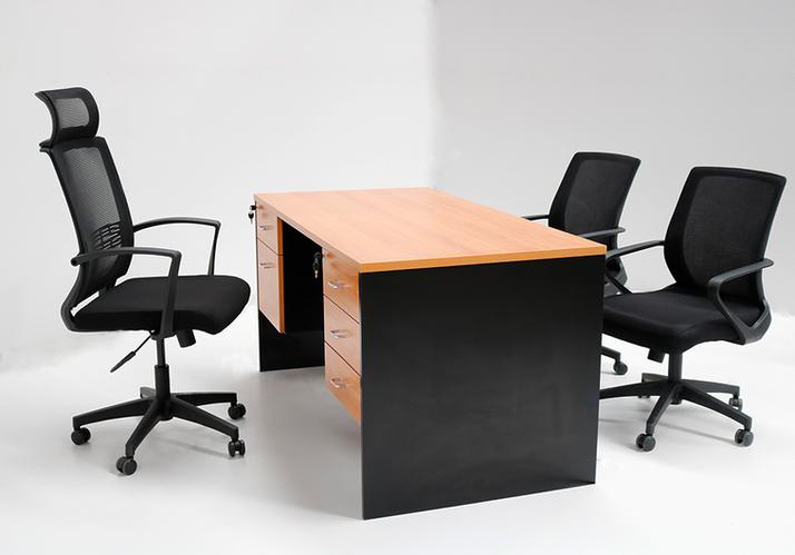 desk4.png