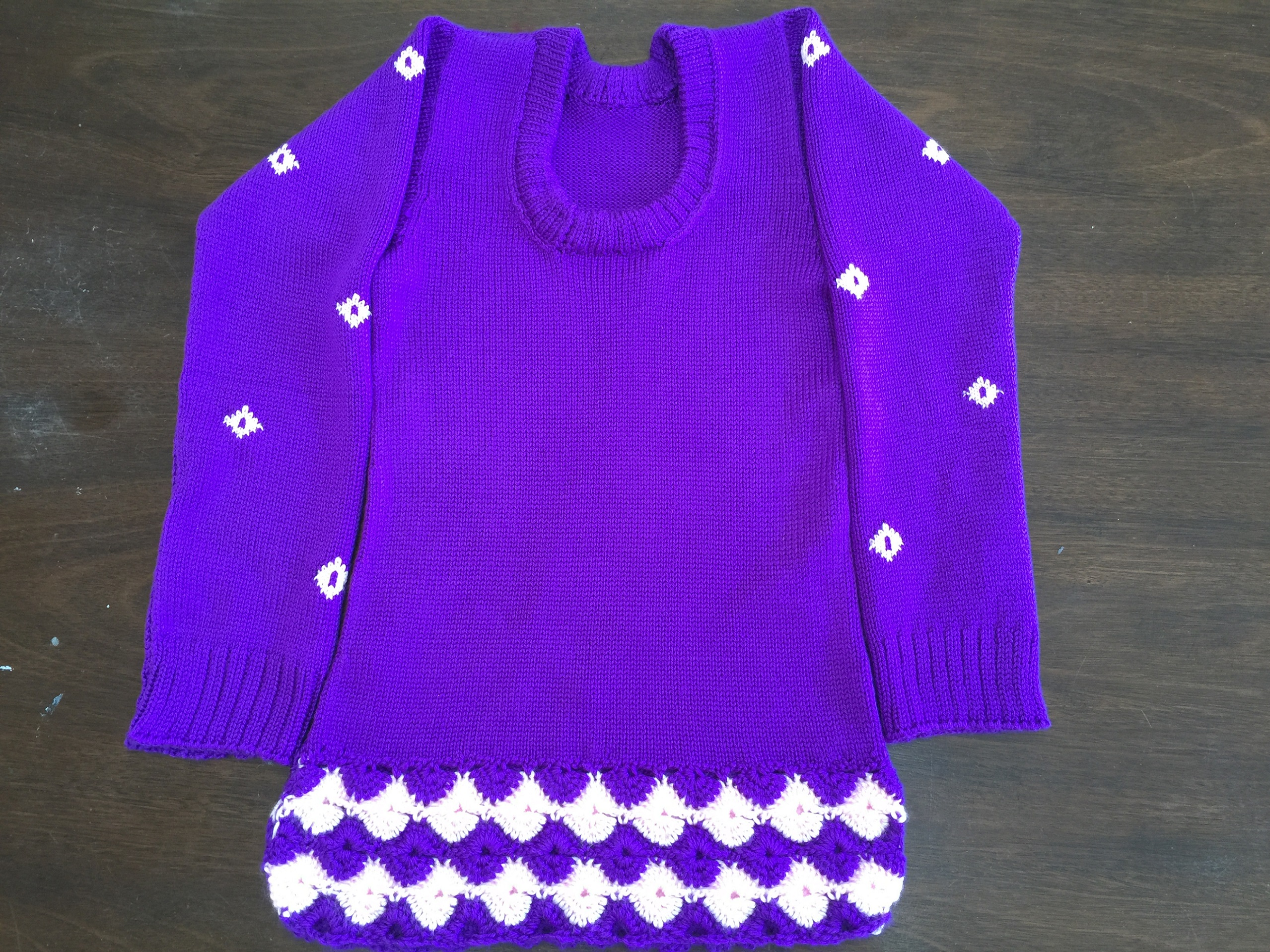 Knitting pattern - girl sweater 1