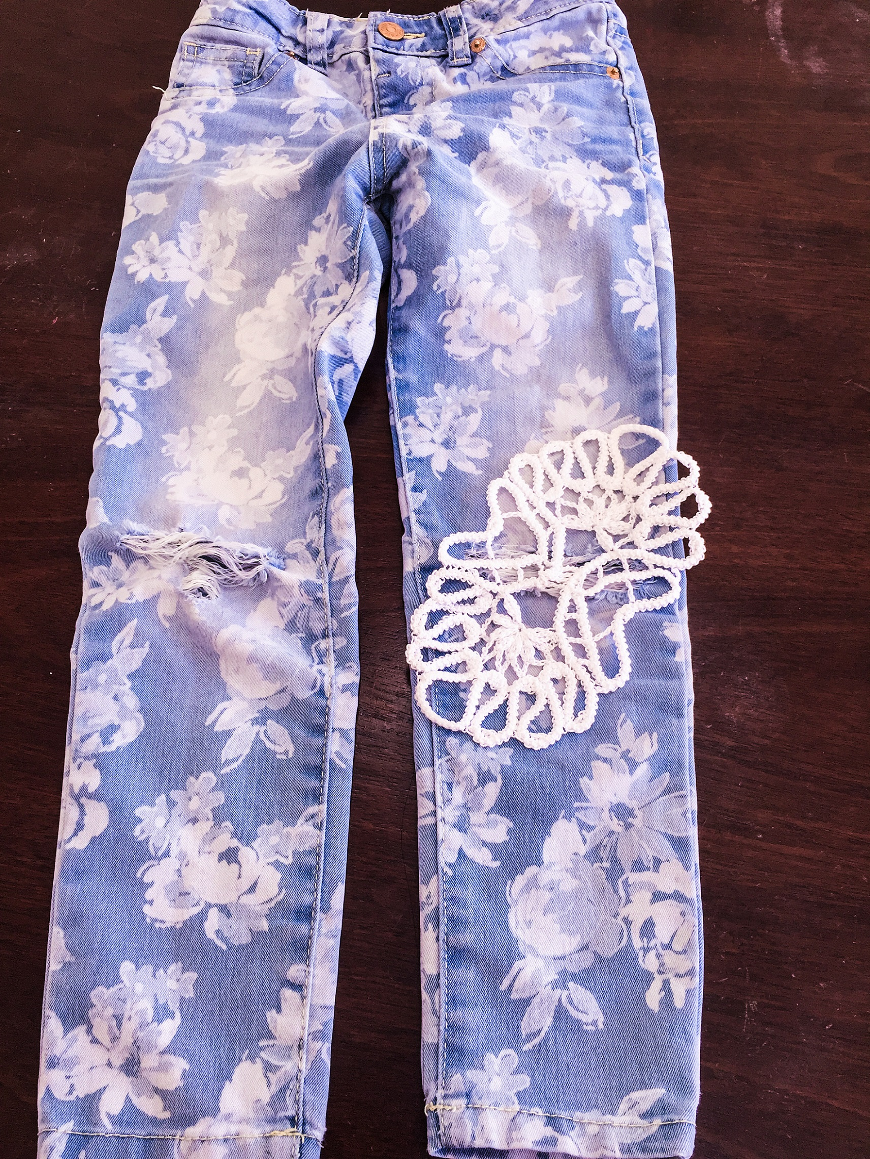 Crochet Point Lace for torn jeans -1