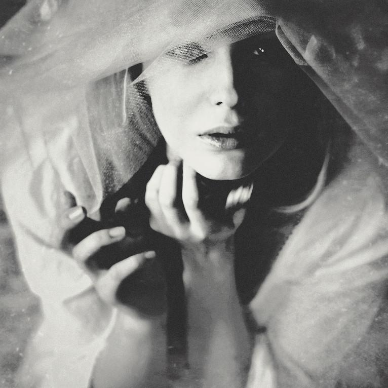 wix portret sensual_ew d 4 23-1a.jpg