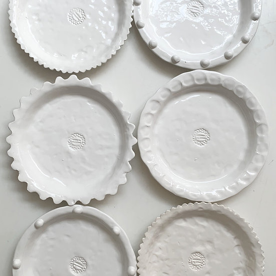 Round lunch plate