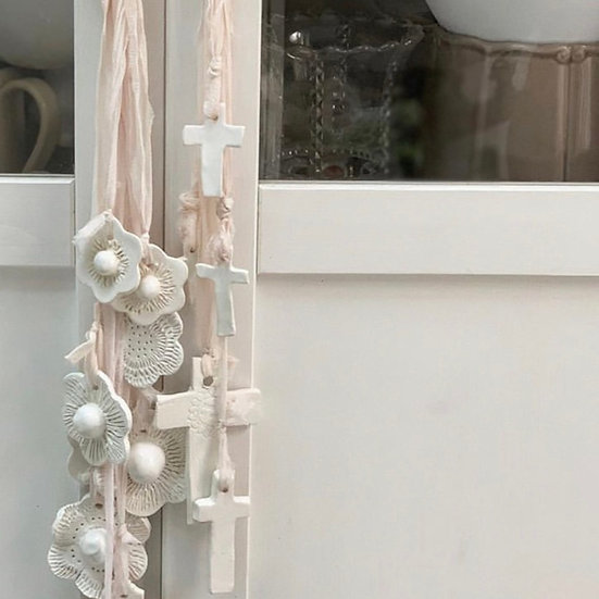 Cross cascade wind chime / hanging decoration
