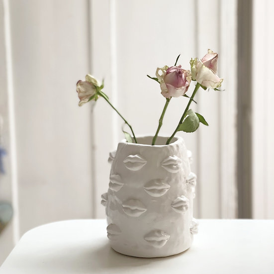 Lots-of-lips vase - small, med, large, jumbo
