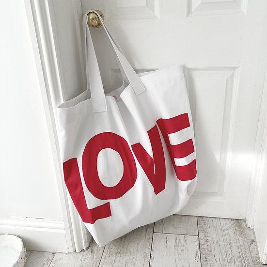Oversized LOVE bag