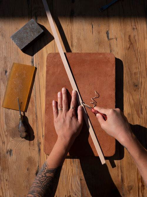 leather work, crafting, hand crafts, old skills, dwinisa