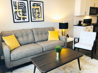 🐕 The Pawfect Place - King 1BR w/Garage Parking! 🐕