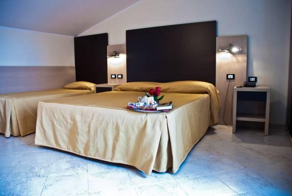 big_camera-hotel-tartari-guidonia-roma-3