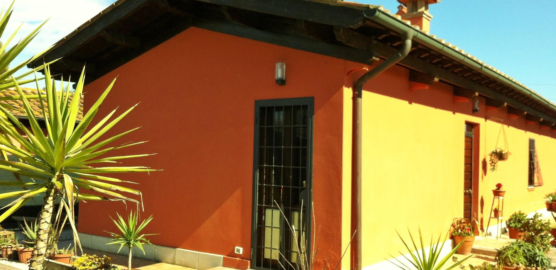 Casale Via Sabbadino Piana del Sole.jpg