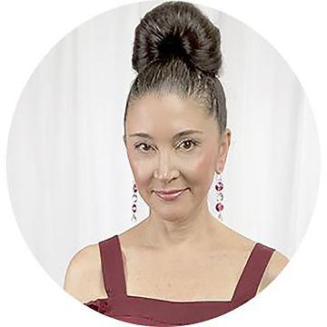 Lisa Ramos profile pic.jpg