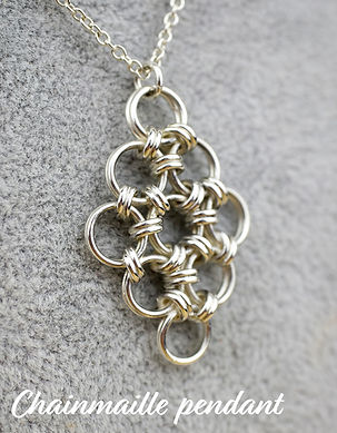 chainmaille pendant 2.jpg