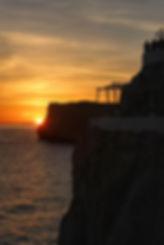 Cova_d'en_Xoroi_Sunset.jpg