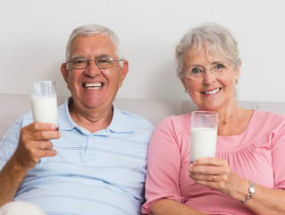 Intolerância à lactose na terceira idade: 3 coisas para deixar o seu dia mais leve