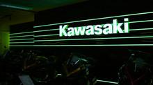 """LED-""""neon""""belysning og LED-bogstaver hos Kawasaki"""
