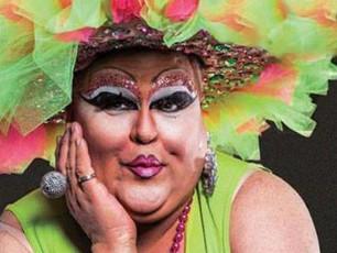 Mona Lott - Drag Queen Comedian