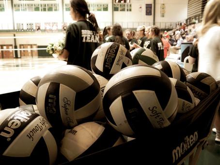 SNAPSHOT: Volleyball Senior Night 2019
