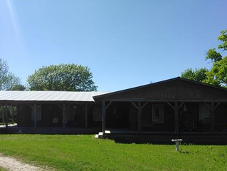 This 1824 sq ft rustic 4 bedroom, 3 bath log house sits on 17.5 acres.