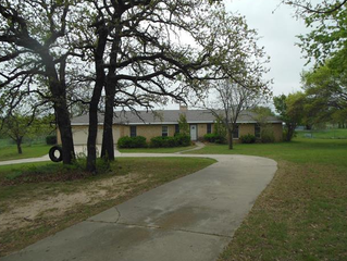 Here's that small acreage you've been looking for!!