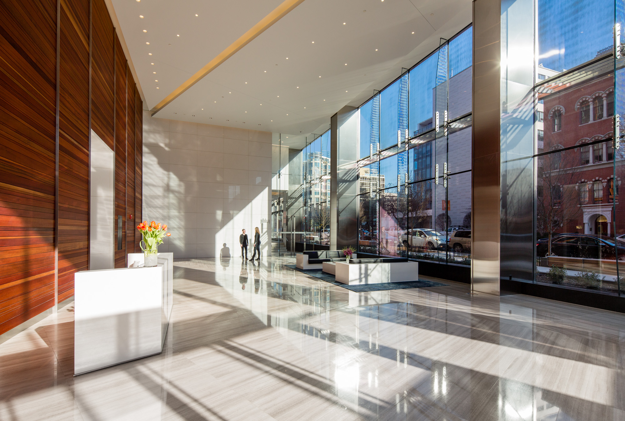 1200-17th-Lobby-Daylight-with-People