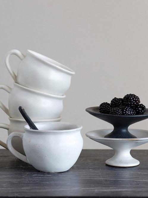 Mae White Stoneware Mug Set of 4