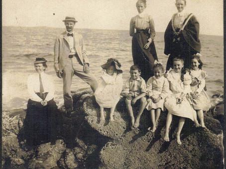 Photo Ellsworth-Osborn Family 1901 Devereaux Beach Marblehead Massachusetts