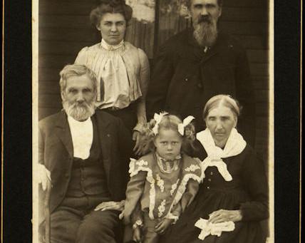 The Underhill Society of America Society Descendants of Captain John Underhill