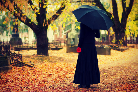 dreamstime_xs_2404973-mourning2.jpg