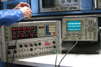 DSI Decom 7715 Bit Synchronizer