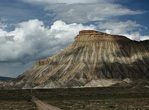 mt-garfield-mountains-colorado-mesa-sky-