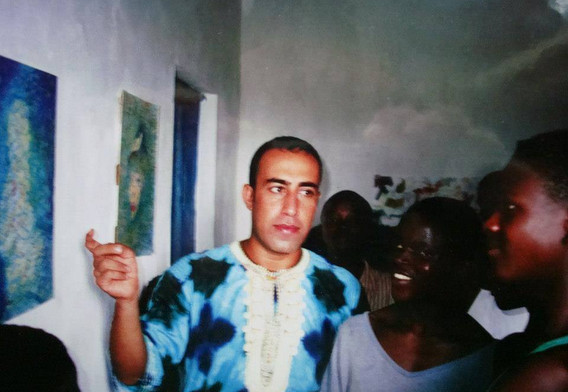 solo show at refugees camp