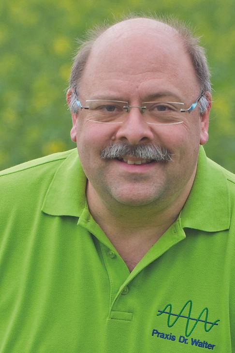 Dr. Michael Walter