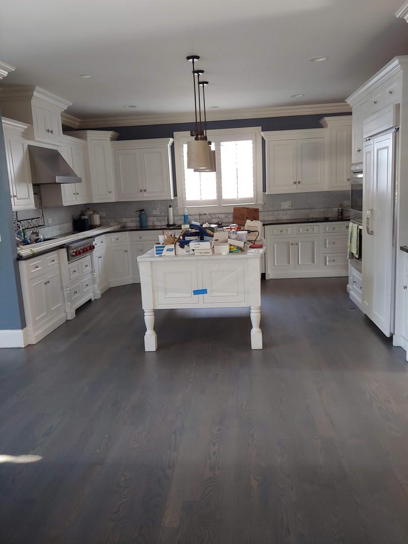 Maison du Foi kitchen before