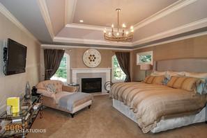 The William - Bedroom