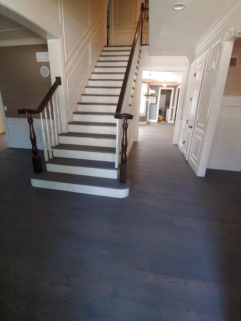 Maison du Foi stairs before