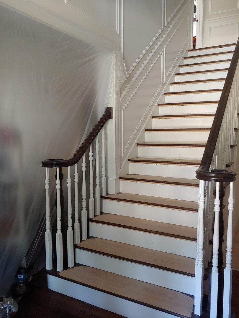 Maison du Foi stairs during