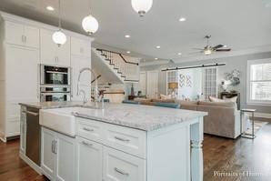 Maison Elm - Kitchen