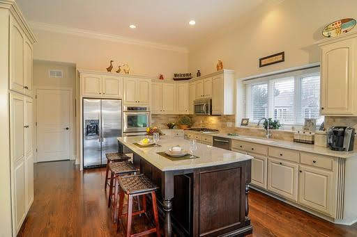 The Scottsdale - Kitchen