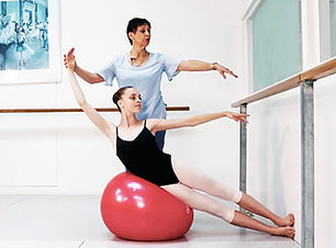 Royal_Ballet_School_curtain_call.jpg
