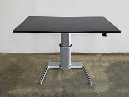 Pre-Owned Steelcase Pneumatic Table