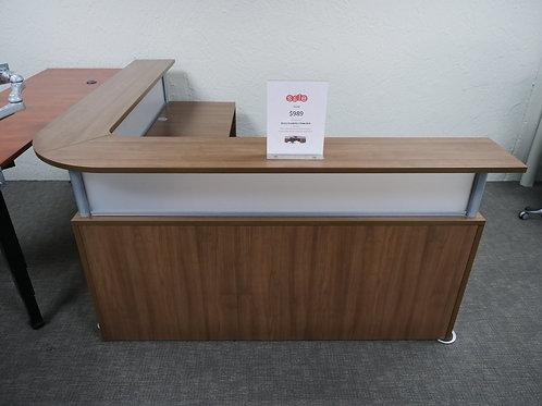 "72"" x 72"" Deluxe Borders Series Reception Sale Desk"