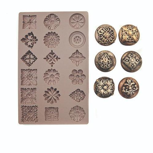 Curio trinkets