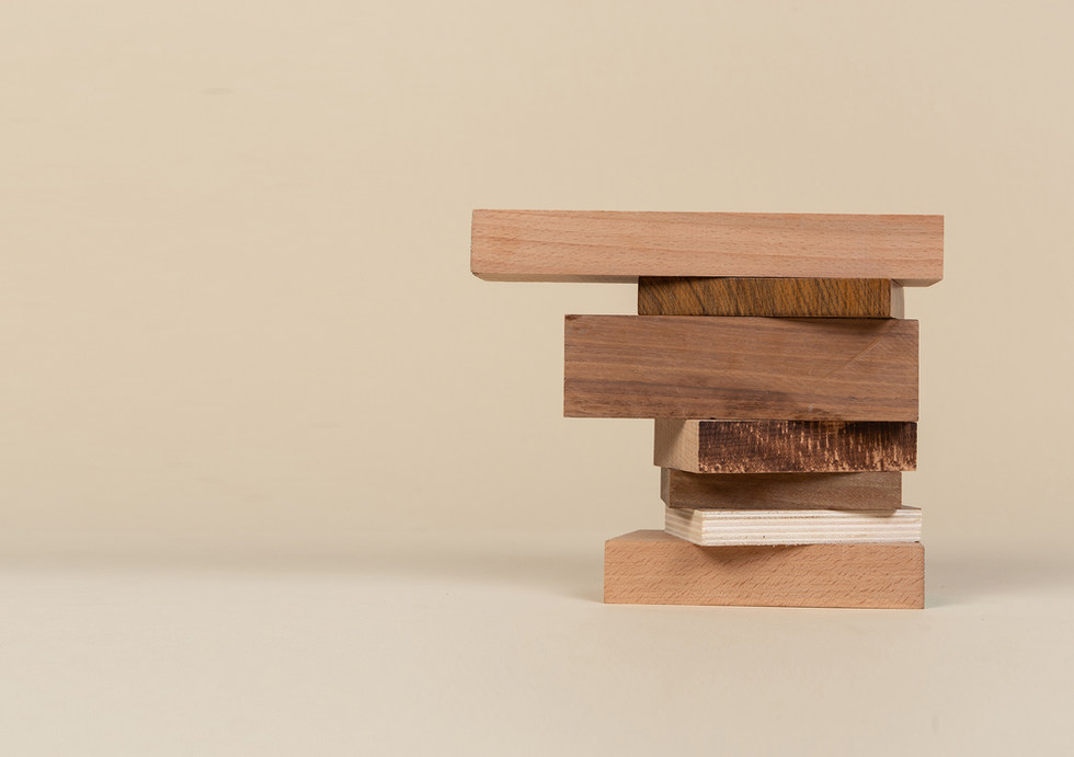 Wood scraps pile shinshin using waste materials