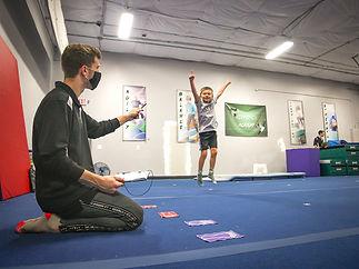 NeoMotion Tricking Gymnastics Karate Obs