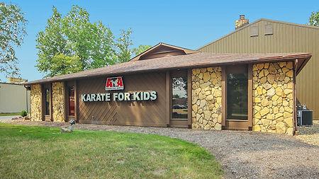 NeoMotion Academy Tricking Gymnastics Free Running Parkour Martial Arts Kids Birthday Parties Avon Lake Cleveland